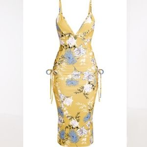 💞NEW PrettyLittleThing Yellow Floral Midi Dress